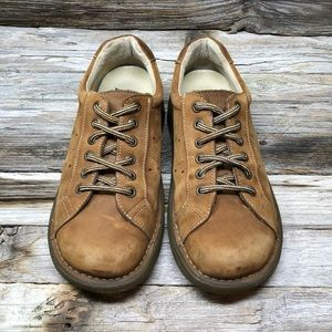 Dr Martens Air Wair 8A58 Tan Suede Lace Up Oxfords